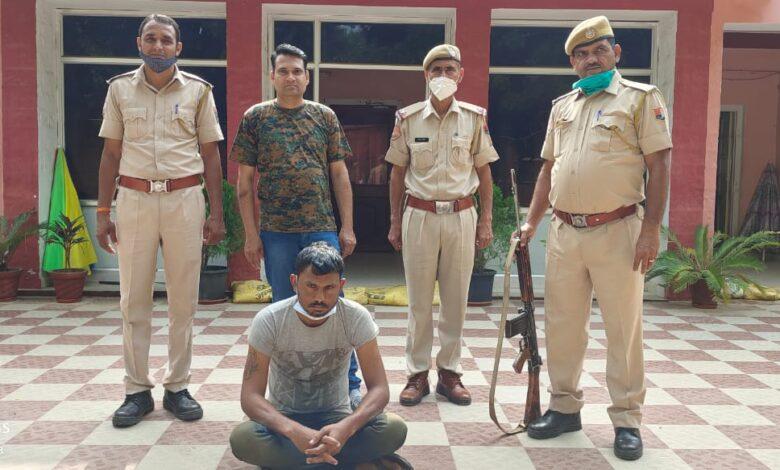 एक हजार का इनामी बदमाश गिरफ्तार..!